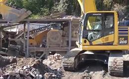 小松HB205-2混合动力挖掘机