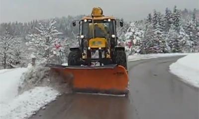 应用视频:杰西博(JCB)两头忙道路快速除雪